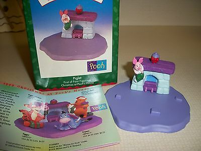 """Hallmark """"Christmas at Pooh House--Piglet""""   First of Four Figures   MIB"""