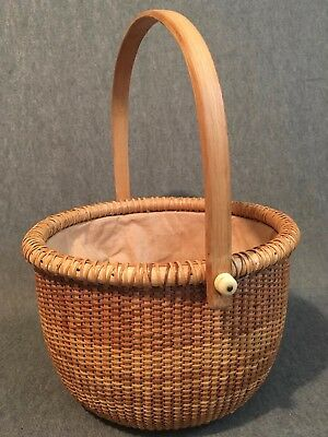 "Nantucket Lightship Style Basket 10"" Round Lined with pockets Hinged Wood Handle"