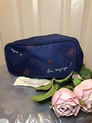 Agnes b Cathay Pacific Courtesy Passenger Makeup Pouch(Blue)