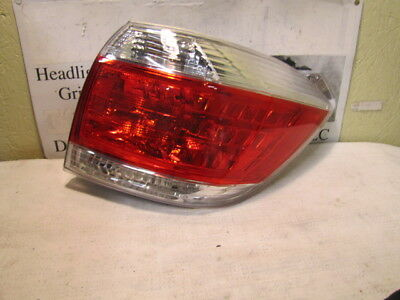 Toyota Highlander 2011-2013 Right/pass Side Oem Tail Light 81550-0E070 To2801185