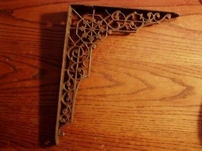 Ornate  Antique  Charming Victorian Cast Iron  Shelf Bracket     REAL---  LOT C