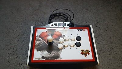 Mad Catz Street Fighter V TE2+ Arcade Fightstick PS4/3 & PC
