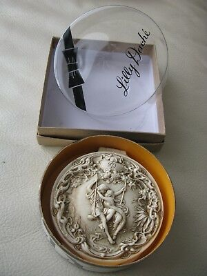 Rare Ivorene LILLY DACHE Couple Loving Touch Beige Bisque Original Box Compact