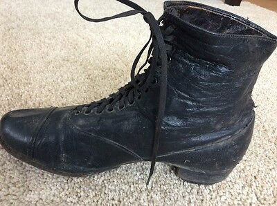 Vintage Antique Women's Ankle Boots Rustic Charm Decor 19th - early 20th century