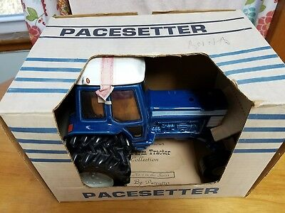 Pacesetter Big Blue Farm Tractor Decanter