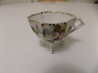 Antique Hand Painted Georgian Footed Porcelain China Tea Cup Gilding Unusual 9