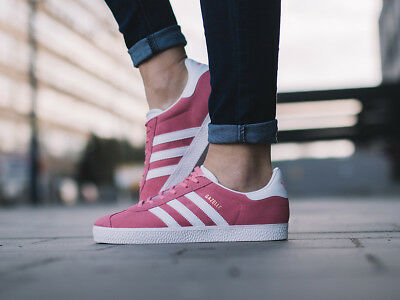 Kids Womens adidas Gazelle Originals Leather Suede Pink Classic Shoes  Trainers fd20e8514