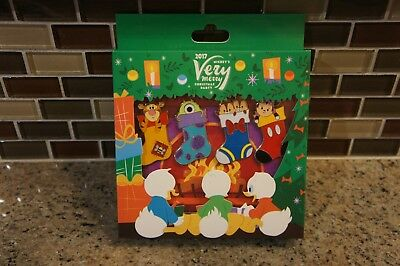 Disney Mickey's Very Merry Christmas Party 2017 Stockings Pin Box Set LE 1000