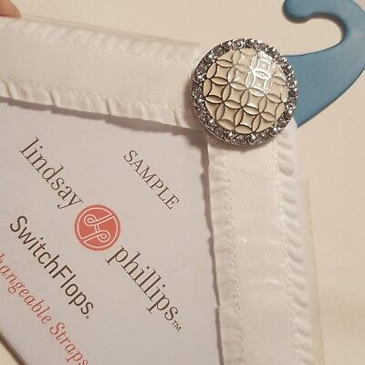 Lindsay Phillips Switchflops White Jeweled Straps SIZE SMALL A2-13