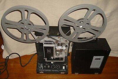 Kodak PAGEANT 250S 16mm Sound Movie Projector w Two Large Reels