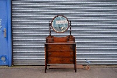 Antique Oak Dressing Table With Drawers.