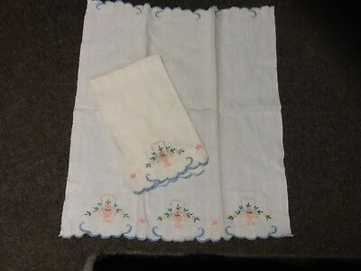 Pair Of Vintage Hand Towels Embroidered Lot Of Two Kitchen