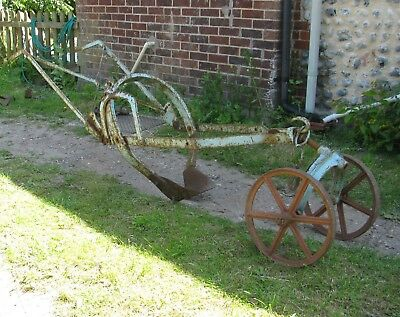 1890s Horse/Cattle Drawn Sugarbeet Squeezer Plough