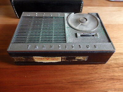 "Retro "" Astor P20R "" Transistor Radio .Leather Case. Circa 1973.Australian Made"