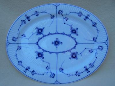 Mint ! Royal Copenhagen - Blue Fluted 345 Oval Meat Platter