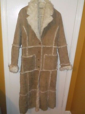 Wilsons Leather Maxima Womens Long Trench Coat Tan Suede White Fur Trim Small