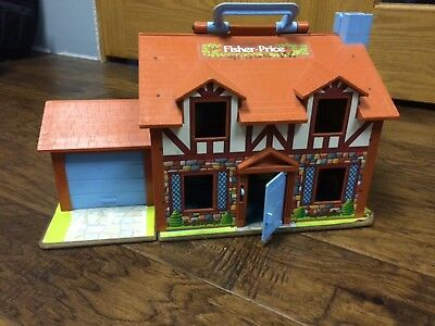 Vintage 1980's Fisher Price Little People Tudor Play House #952