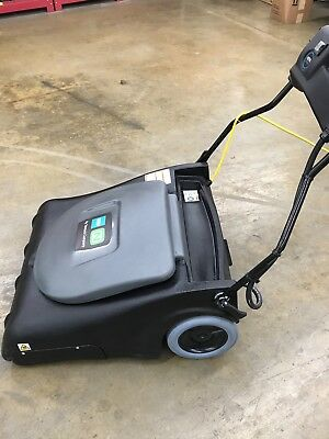 """TENNENT V-WA-30 Wide Area Vacuum 30"""" Commercial Cleaning"""