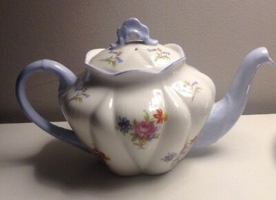 Vintage Shelley Dainty Teapot Roses And Bluebells