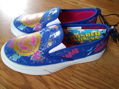 NEW Youth Size 2 Girls Wonder Woman  Canvas Slip On Shoes