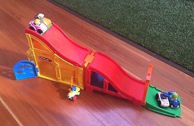 Fisher Price Little People Race Track With Sounds And 5 Cars