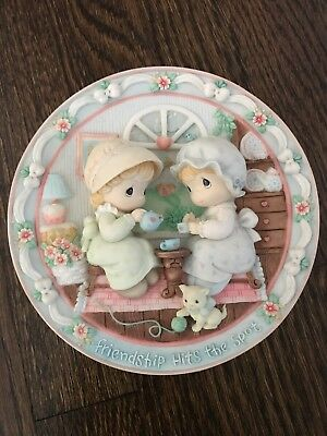 "PRECIOUS MOMENTS collector plate from ENESCO ""Two Girls Having Tea"" 1995"