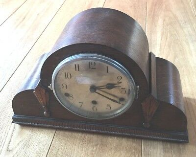 Chiming mantle clock