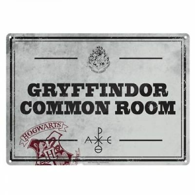 HARRY POTTER. Hogwarts/Gryffindor Common Room Metal Wall Sign. Collectable/Gift