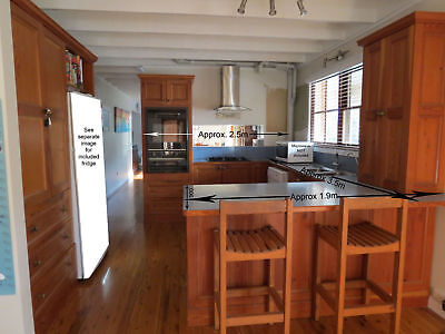 Oregon Timber Kitchen Second Hand with Appliances
