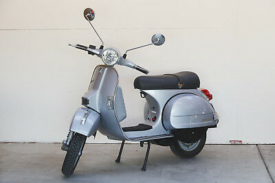 Vespa PX200 2004 9,000 KMS from new!