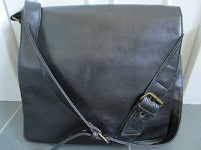 KS18 VENETO Black Faux Leather Laptop Case Bag