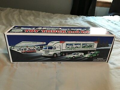 1997 Hess Truck and Racers New In Box
