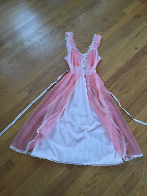 Vintage Carillon  Nylon Lace Nightgown Negligee Lingerie ~ Style 1801 size 34