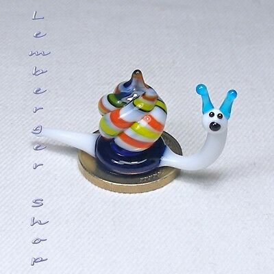 Glass figurine MINI snail made of colored glass Height 2 cm / 0.8 inch