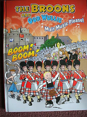 The Broons Oor Wullie Mair Music Please With Song Book  Hb  Vgc 2013