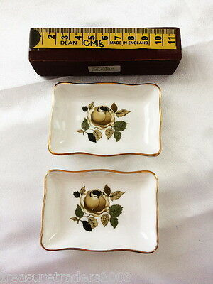 🌟 2 PIN TRINKET DISHES CROWN CHINA ENGLAND GREEN ROSE SEPTEMBER on back