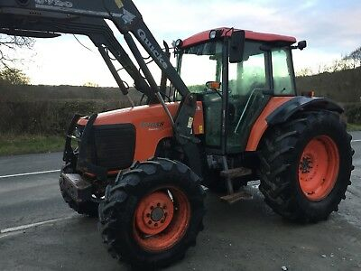 Kubota M105 Tractor With Quicke Loader