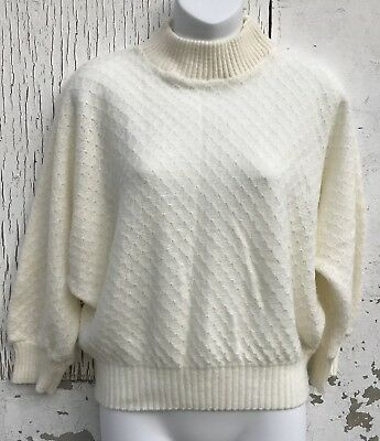 Vintage Knit Sweater Ivory White Pearl Button 60s Cropped Bat Wing Size M