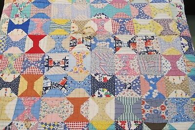 "NEEDS TLC ! Vintage OLD, Thick Heavy Feed Sack Hand Sewn SPOOLS QUILT; 74"" x 67"""
