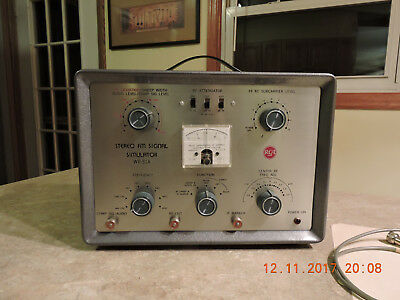 RCA Model WR-51A Stereo FM Signal Simulator with Manual