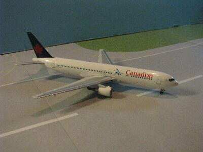 "Aeroclassics Canadian ""proud Wings Scheme"" 767-375Er 1:400 Scale Diecast Model"