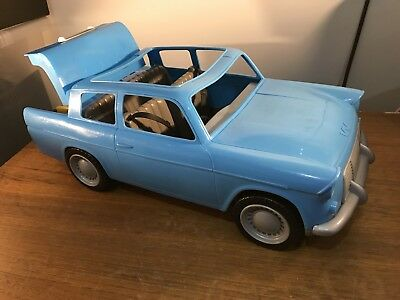Harry Potter Ron Weasley Flying Ford Anglia Large Car - Disappearing Luggage