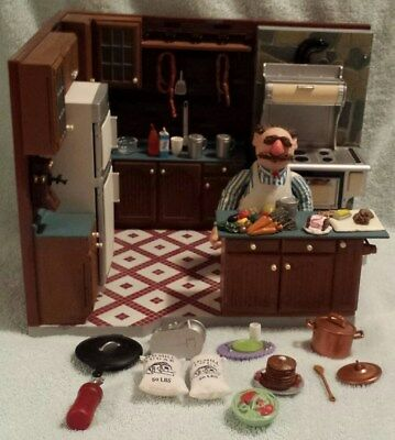 Muppets Swedish Chef Kitchen deluxe collectible, miniature, Palisades Toys
