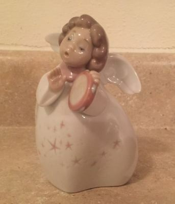 "Lladro Little Angel with Tambourine 6530 Retired 5"" Figurine Excellent Condition"