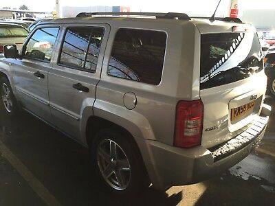 58 Jeep Patriot 2.0 Crd Limited, Leather,climate,alloys,e/roof,privacy 6 Service