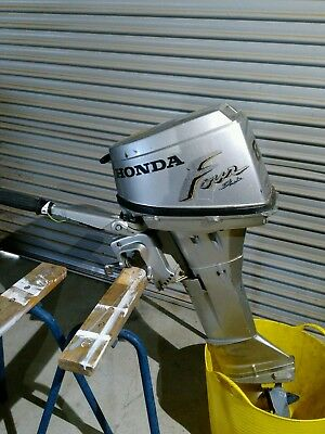 Honda BF8AM outboard, works but needs work