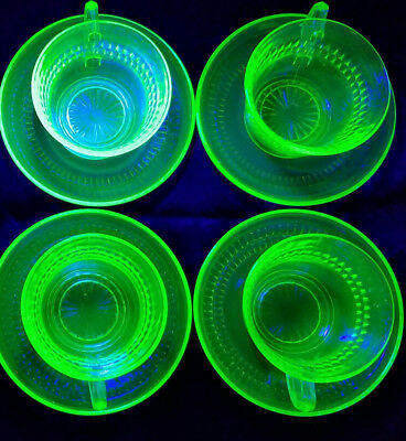 Vtg Anchor Hocking Depression/Uranium Glass Roulette Green Cups/Saucers 8 pcs.