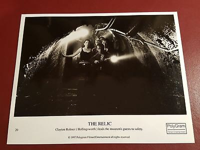 The Relic, Penelope Anne Miller,Clayton Rohner 10x8 B&W Photo Press Still #B1061