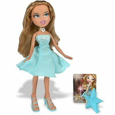 New Bratz YASMIN Hollywood Style Glitzy-Glam Fashions
