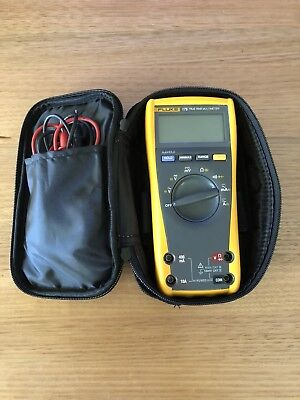 Fluke 175 - True RMS Multimeter